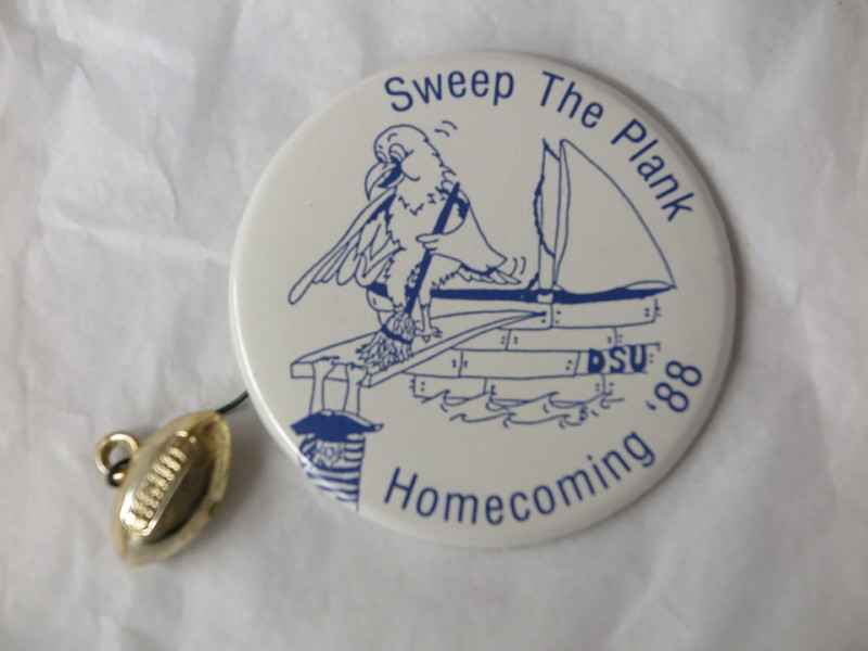 Homecoming Button - 1988.JPG