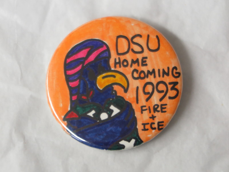 Homecoming Button - 1993.JPG