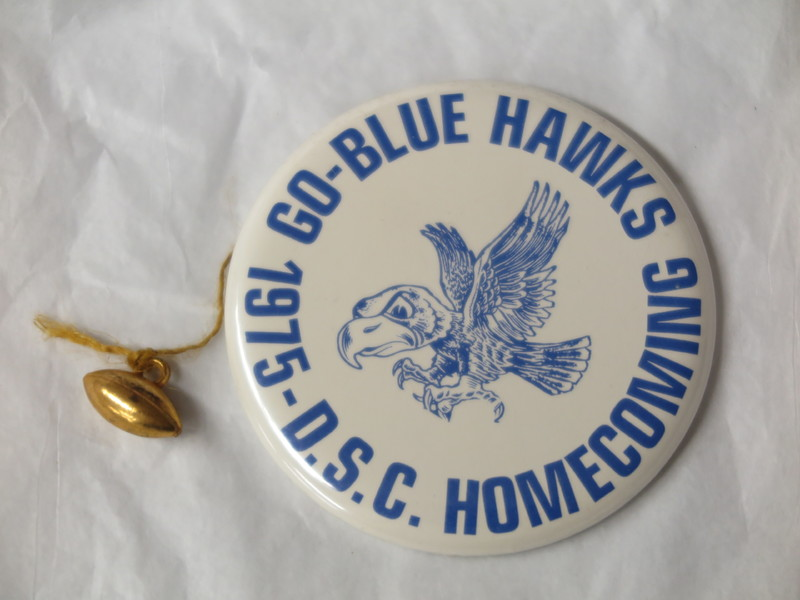 Homecoming Button - 1975.JPG