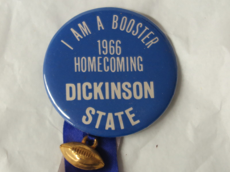 Homecoming Button - 1966.JPG